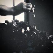 """Aujourd'hui nous lançons une nouvelle série """"Histoire des Pépinières Renault"""" où nous évoquerons des moments forts de l'entreprise.  Parlons tout d'abord de la création de la pépinière. Fils d'horticulteur, Jean Renault apprend le métier au contact de son père dès 1946. Puis en 1951, il saisit l'opportunité de reprendre une exploitation maraîchère à Gorron, qu'il transforme peu à peu en pépinières… Les Pépinières Renault étaient nées. . . Today we're starting our new serie called « Pepinieres Renault History » where we will present key moments of the company.  To start let's talk about the birth of our company. From a horticulturist family, Jean Renault learns about his future work along with his father since 1946. Then in 1951, he seizes the opportunity of taking over a market garden, that he will transform slowly into a nursery. The Pepinières Renault were born. . #nursery #renault #history #pepinieres #archives"""